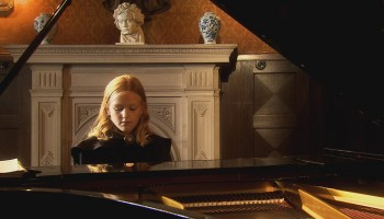 Johanna Schlie, Elly Ney als Kind 1